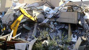 U zemljotresu u Albaniji najmanje 22 mrtvih, tim iz Srbije poslat u pomoć 28