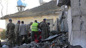 U zemljotresu u Albaniji najmanje 22 mrtvih, tim iz Srbije poslat u pomoć 7