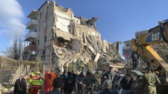 U zemljotresu u Albaniji najmanje 22 mrtvih, tim iz Srbije poslat u pomoć 5