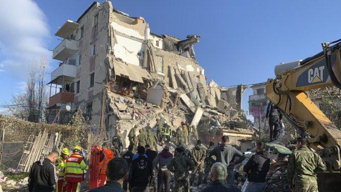 Dan žalosti na Kosovu zbog žrtava zemljotresa u Albaniji 2