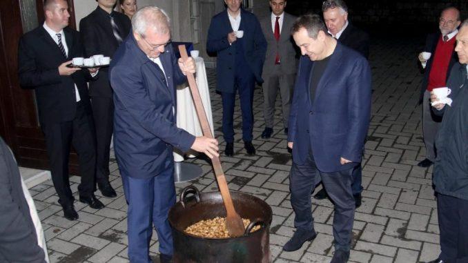 Dačić i Gruško: Prisećanje na nekadašnji Dan Republike 3