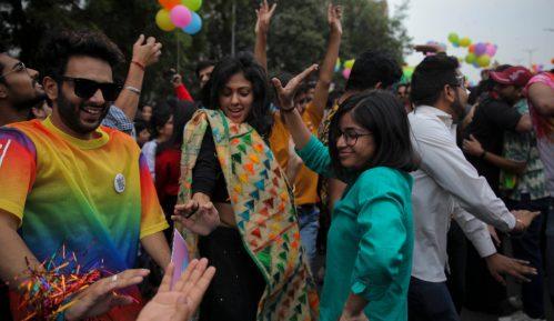 Više od 1.000 učesnika na Paradi ponosa u Nju Delhiju 4