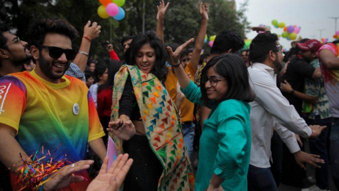 Više od 1.000 učesnika na Paradi ponosa u Nju Delhiju 2