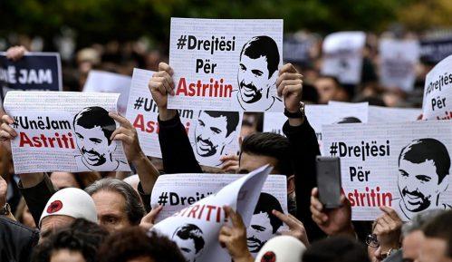 Zašto u Prištini protestuju zbog smrti Astrita Deharija? (VIDEO) 2