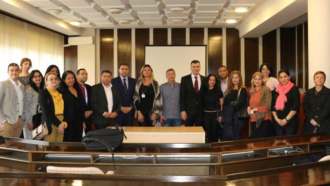Đorđević s predstavnicima Roma: Svi građani Srbije su jednaki i moraju imati ista prava 1
