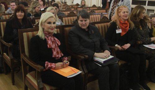 Rektorka Popović: Doprinos žena treba da bude vidljiviji jer je nesumnjiv 13