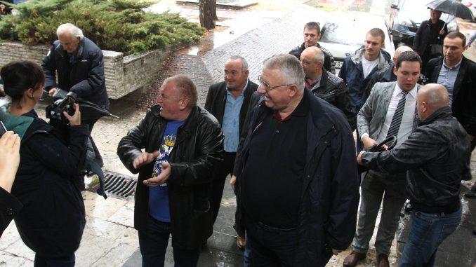 Na suđenju Jeličiću saslušano troje svedoka, advokati kažnjeni, Šešelj izbačen iz sudnice 4