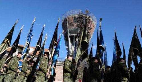 Građani i džavni vrh Hrvatske odali počast vukovarskim žrtvama 4