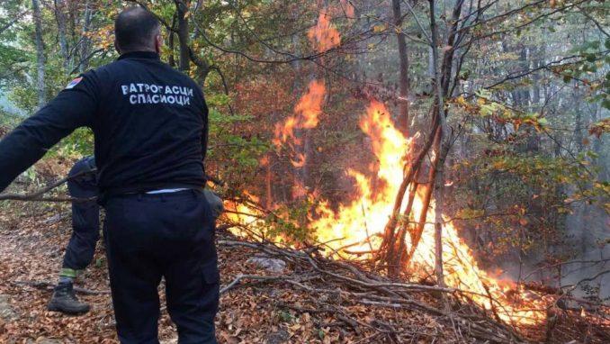"""Južne vesti: """"Iljušin"""" od Rusa zvanično tražen kad je požar ugašen 4"""
