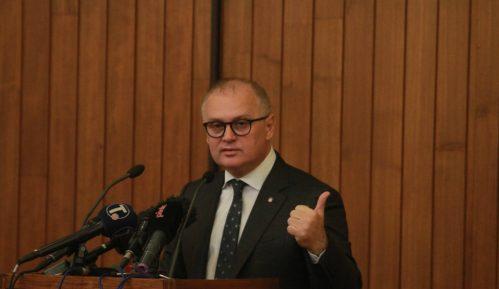 Vesić: Beograd predložio mere poboljšanja kvaliteta vazduha; početak gradnje metroa krajem godine 7