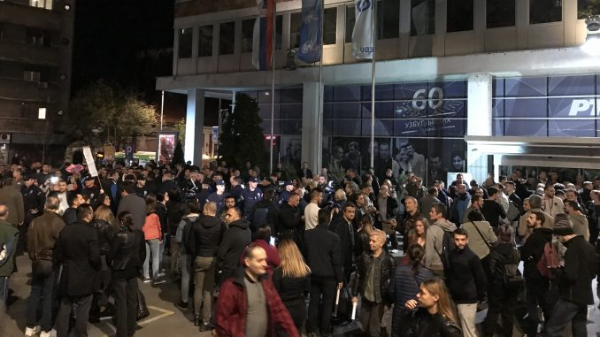 Obradović: Vučić nije smeo da se suoči sa tri studentkinje  (VIDEO) 1