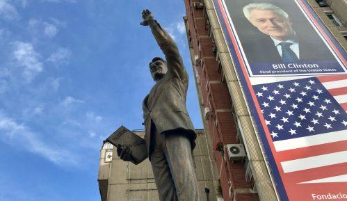 Spomenici u Prištini podignuti posle proglašenja nezavisnosti (VIDEO) 12