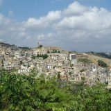 Sicilijanski grad Kamarata nudi napuštene kuće besplatno 9