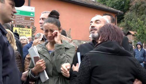 Radnike Namenske teraju da tuže Danas i Blic 9