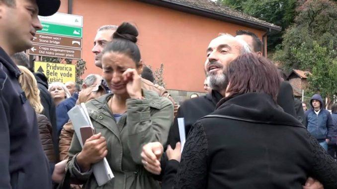 Radnike Namenske teraju da tuže Danas i Blic 4
