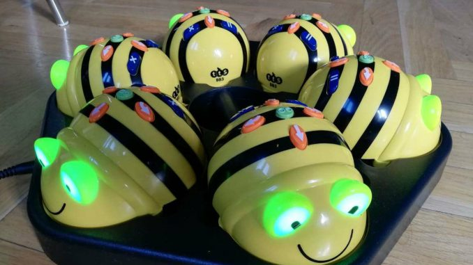Roboti pčelice stigli u škole za decu sa smetnjama u razvoju 2
