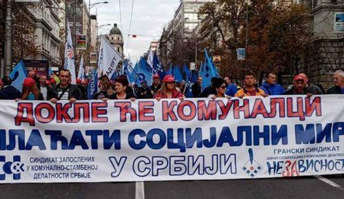 Stotine komunalaca protestovalo ispred Vlade Srbije 9