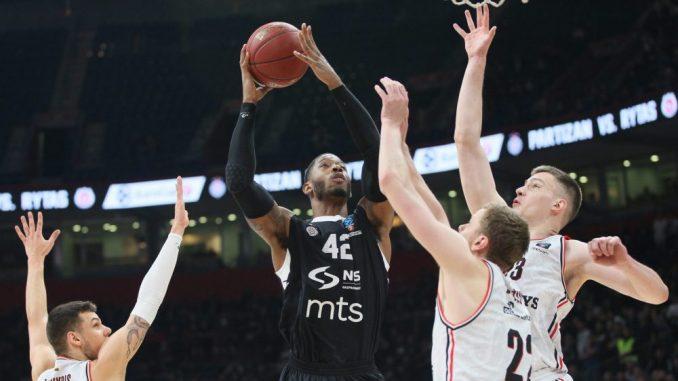 Košarkaški klub Partizan pomaže vaterpolistima 1