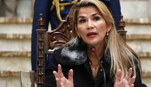 Privremena predsednica Bolivije pozvala Gvaida da oslobodi Venecuelu 6