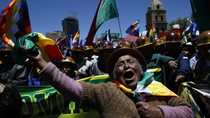 Privremena vlada Bolivije optužila Moralesa za terorizam i podsticanje na pobunu 4