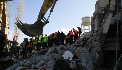 U zemljotresu u Albaniji najmanje 22 mrtvih, tim iz Srbije poslat u pomoć 12