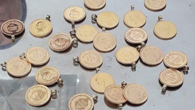 Gradina: Zlato vredno 23.000 evra sakriveno u jakni 2