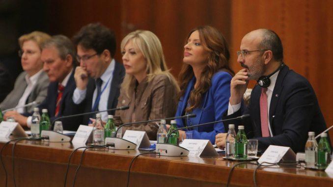 Kuburović: Srbija se sistemski bori protiv korupcije 1