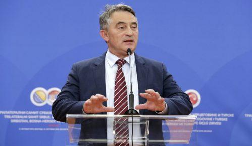 """""""Dok god Dodik odbija angažovanje vojske na granici sa Srbijom, migranti će ulaziti u RS"""" 15"""