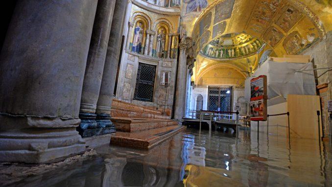 Italijanska vlada proglasila vanredno stanje u Veneciji zbog poplave 1