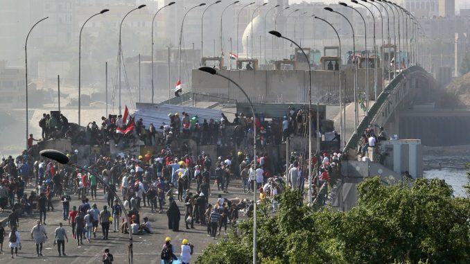 Demonstranti u Iraku preuzeli kontrlu nad centralnim trgom Bagdada 1