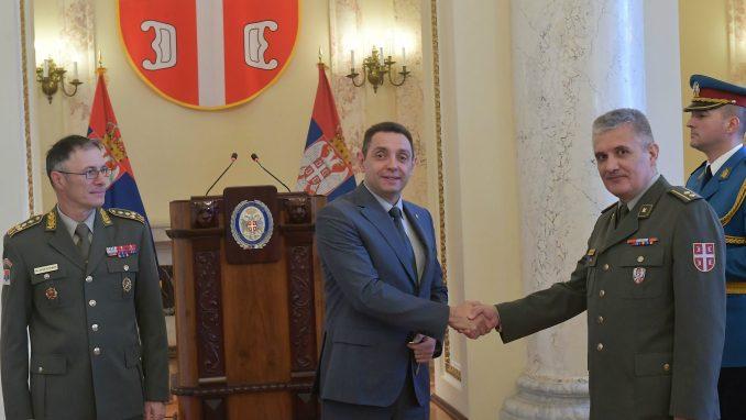 Uručeni ključevi od 24 stana pripadnicima Vojske Srbije i Ministarstva odbrane 3