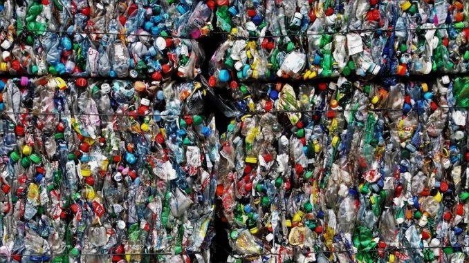Recikliramo dva osto plastičnog otpada 1