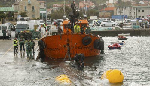U podmornici koju je Španija zaplenila tri metričke tone kokaina 14