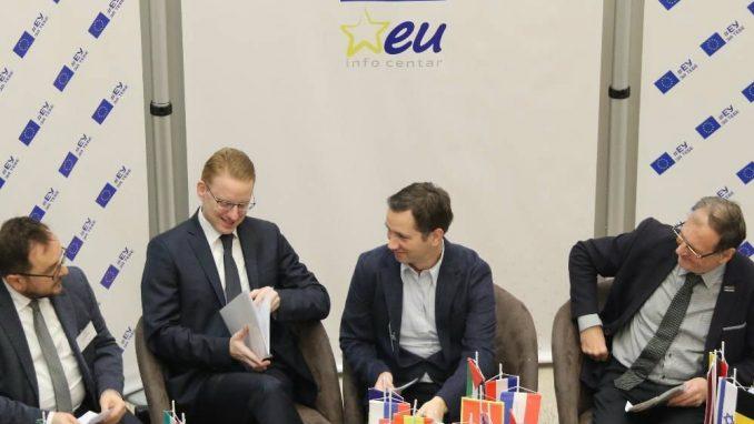 Počela konferencija Neteritorijalna autonomija kao oblik višenacionalne demokratije 1