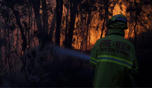 Tri žrtve požara u Australiji, dim stigao do Novog Zelanda 2