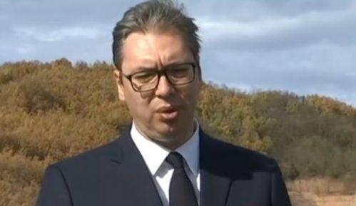 Vučić: Deonica autoputa Istočni krak Koridora 10 mogla biti otvorena i pre 50 godina, ali nije 10