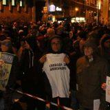 """Protest """"1 od 5 miliona"""": Poništavanje doktorata mora da zabrine vlast (VIDEO) 10"""