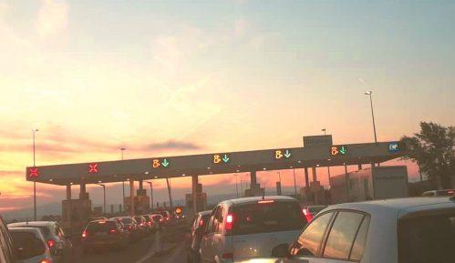 Smanjen broj ulazaka putničkih vozila u Srbiju 4