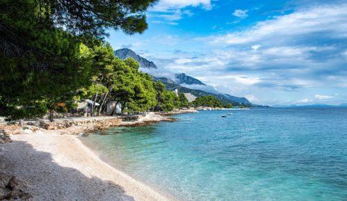 U Hrvatskoj oko 5.000 turista iz Srbije 2