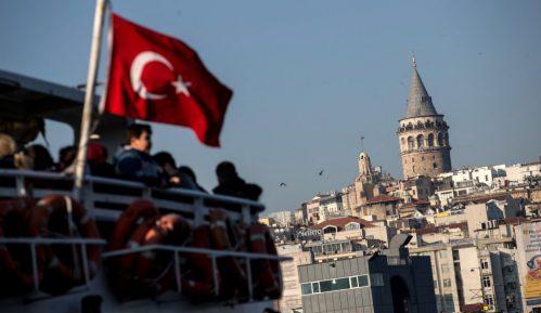 Tuča u turskom parlamentu tokom rasprave o umešanosti Turske u Siriji 9