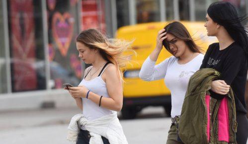 Dve trećine mladih želi u inostranstvo 15