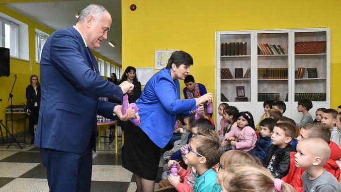 Počeo Program - voće, povrće i mlečni proizvodi za škole u Crnoj Gori 3