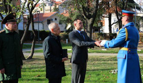 Bocan-Harčenko i Vulin učestvovali u primopredaji grumena zemlje za izgradnju vojnog memorijala 7