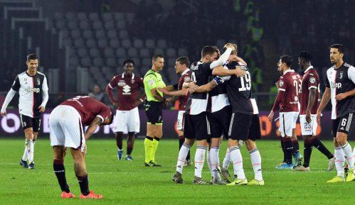 Pobeda Juventusa u torinskom derbiju 3