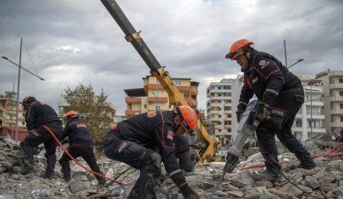 Čadež pozvao srpske kompanije da pomognu Albaniji posle zemljotresa 8