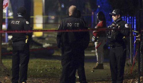 Na kućnoj zabavi u Čikagu ranjeno 13 ljudi 1