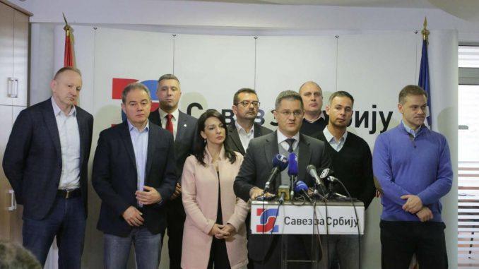 SZS: Ono što Vučić nudi evroparlamentarcima jeste obmana koju su građani Srbije prozreli 2