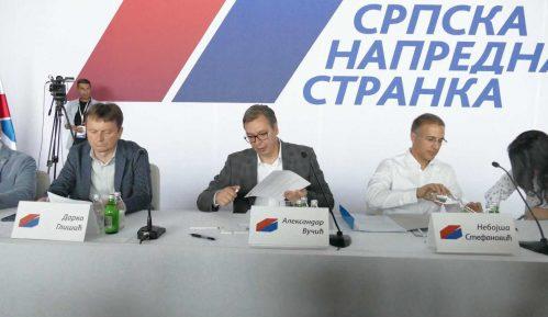 Posle najave Vučića, odbori SNS glasaju o (ne)poverenju Stefanoviću i Lončaru 6