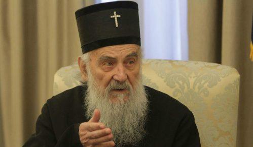 Patrijarh Irinej sveštenicima: Zabranjeno više od pet lica na jednom mestu 12