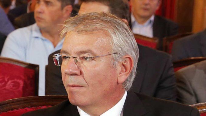 Aleksandar Šoštar: (Ne)smenjeni predsednik 4